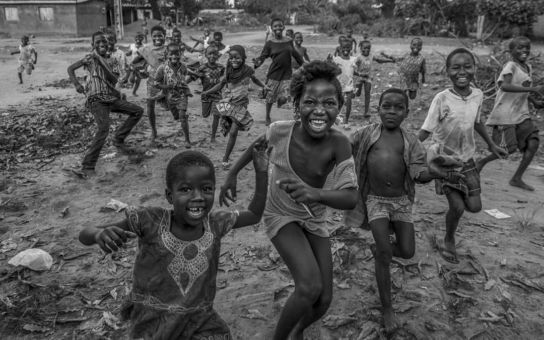 Marcos Rodríguez, Cámara de Oro a nivel europeo… por tercera vez El carballés, aficando en Cee, ha sido galardonado como Mejor Fotógrafo del año en la categoría de reportaje