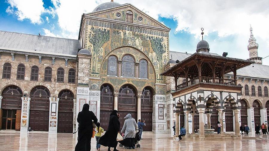 El tímido retorno del turismo a Siria Historiadores, arqueólogos y otras personas visitan un país todavía en guerra