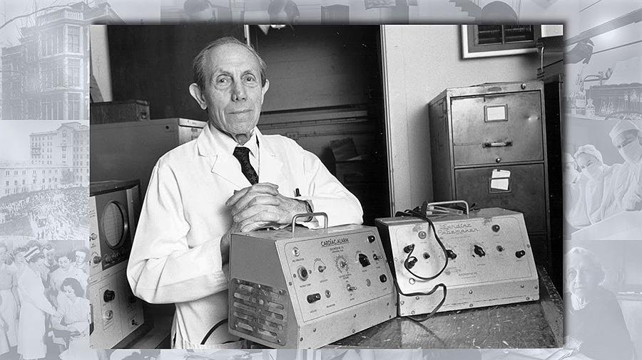 O médico Paul Zoll foi o primeiro en utilizar en 1952 un shock eléctrico para reanimar a un paciente en parada cardíaca