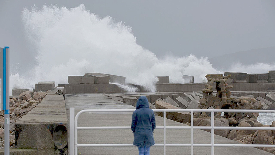 Alerta vermella na costa e entrada de aire frío