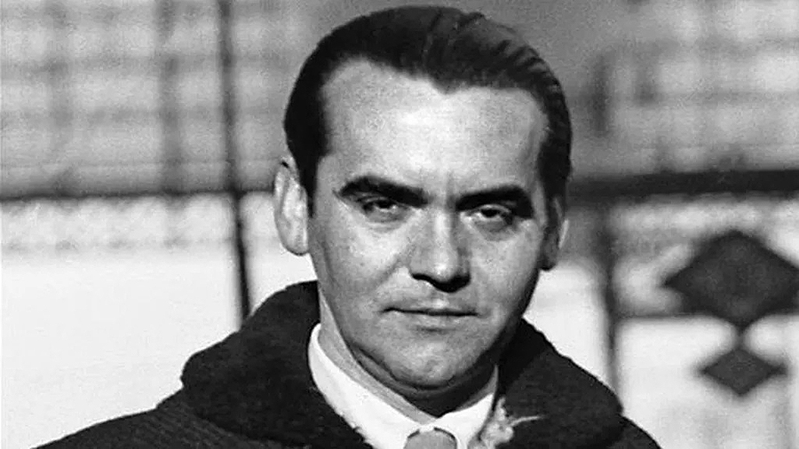 """Día del Libro Infantil, y en 1940 se publicó el libro de Federico García Lorca """"Poeta en Nueva York"""""""