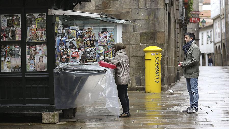 Italia desgravará un 30 % la publicidad que las empresas hagan en periódicos El gobierno lanza un plan de ayuda a los medios de comunicación y a los quioscos