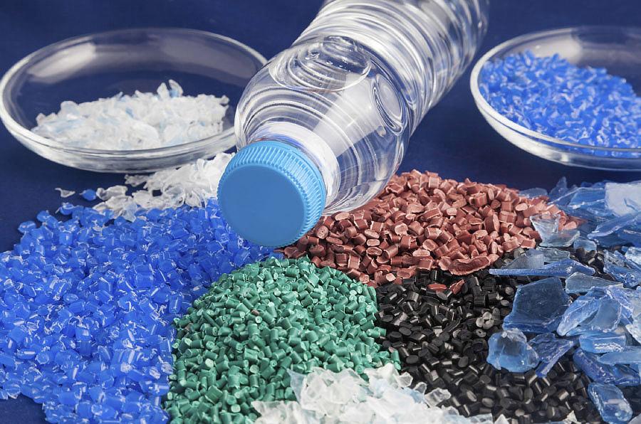 ¿Como se crea o plástico? Martina, 9 anos