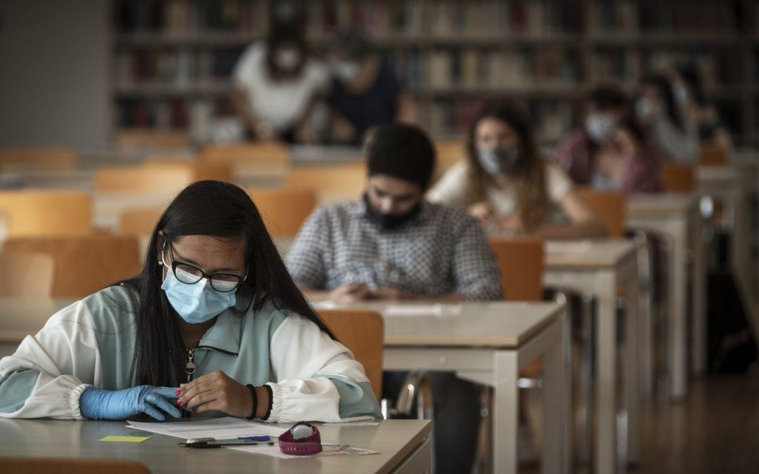 Todos los estudios superiores de Galicia, a golpe de clic La Voz ofrece gratuitamente el buscador de grados universitarios y de arte-diseño, así como ciclos superiores
