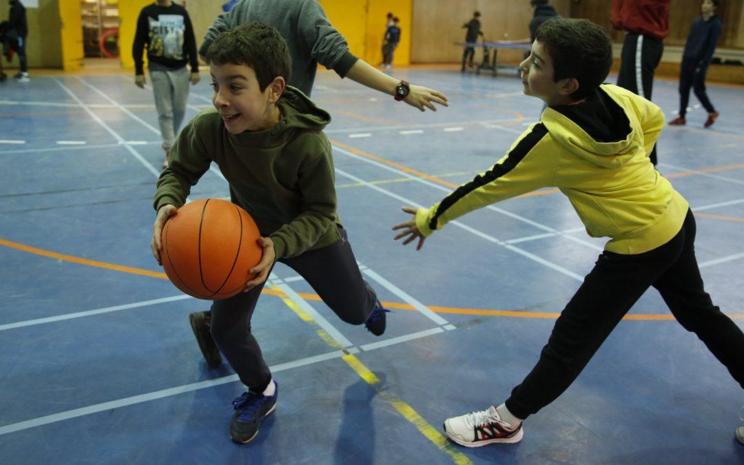 A outra pandemia da pandemia Máis do 40 % da poboación infantil española padece exceso de peso, e a proporción vai en aumento tras case un ano de actividade limitada