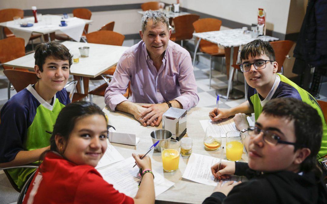 El colegio Franciscanas de Ourense gana la primera fase del programa periodístico La segunda parte incluye los diez reportajes publicados desde el 3 de marzo y el plazo para votarlos termina en octubre
