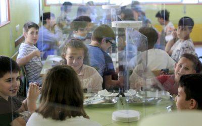 Galicia, la comunidad que más esfuerzo ha hecho por la equidad en la escuela durante la pandemia Destinó el 25% de los fondos extraordinarios a minimizar las diferencias socioeconómicas de los alumnos