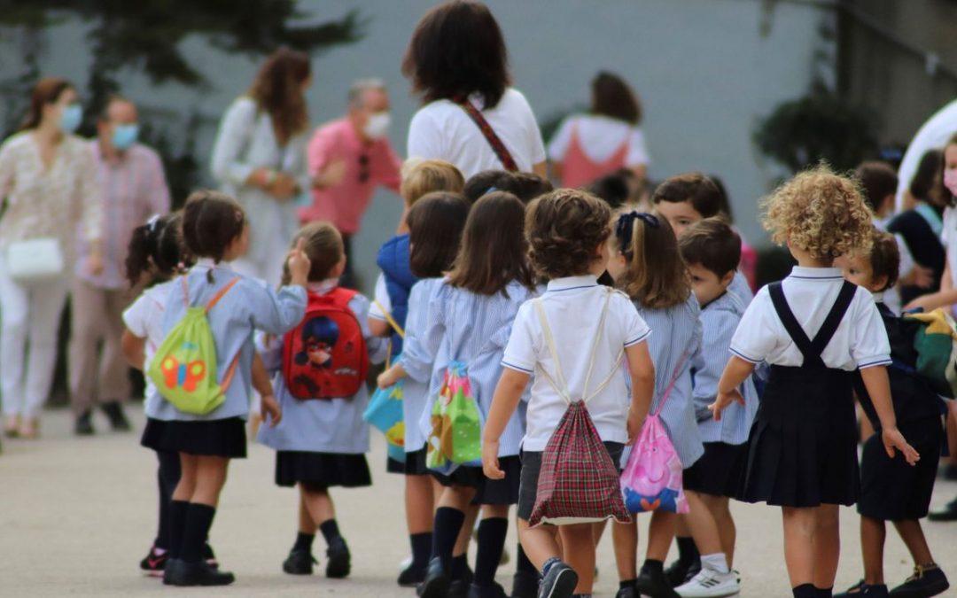 La cuota media mensual que pagan los padres en la escuela concertada gallega es de 32 euros